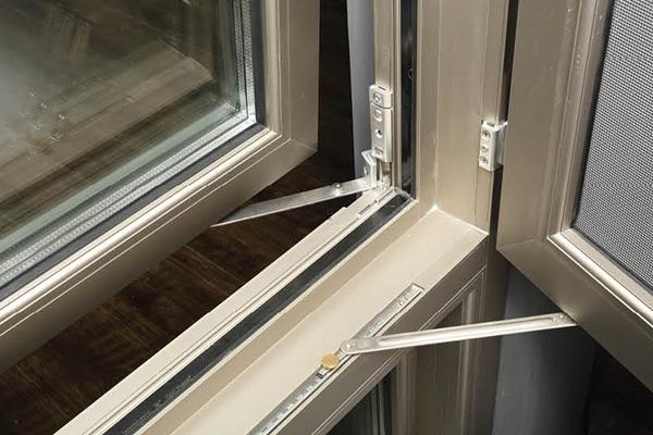 锌合金门_150窗纱一体断桥平开窗