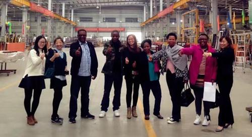 2016年非洲客户来hg0088新2皇冠备用网址生产基地参观